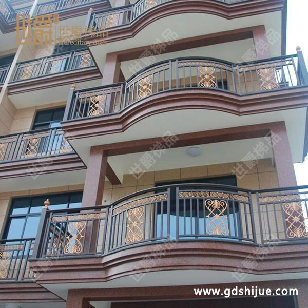 阳台护栏设计实例
